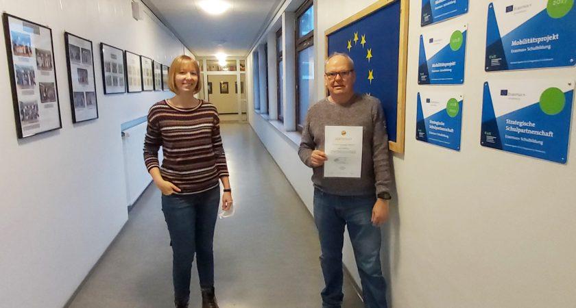 Johann-Gutenberg-Oberschule als dritte Schule in Deutschland mit dem Schule:Global-Siegel ausgezeichnet